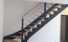 escalier bois 1/4 tournant laqué noir