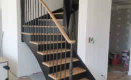 Escalier 2/4 Tournant laqué