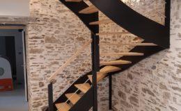 Escalier 2 quart tournant bois laqué noir