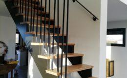 Escalier avec crémaillères laquées – GCR Tubes biais aléatoires